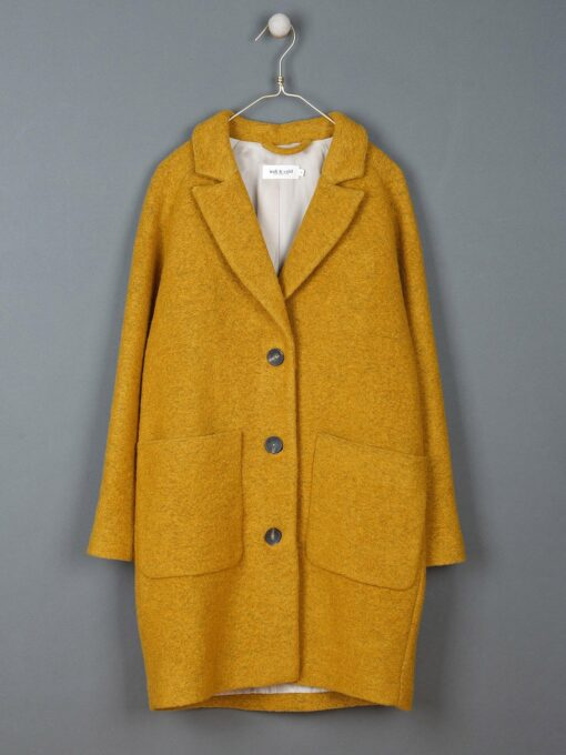 Manteau Oversize Silhouette Masculine Indi And Cold Jaune Moutarde Sapsak